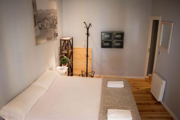 Habitación de matrimonio 2 Pensión Kaixo Hostel Donosti San Sebastian